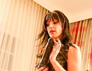 BrittanyAndrews/SmokingLeather