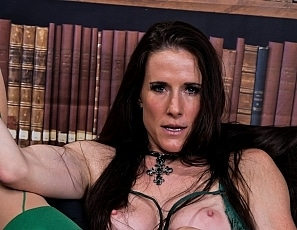 SofieMarieXXX/Green Lingerie and Stockings Strapon