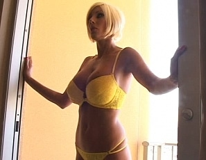 YummyPornClub/Puma_Video_4_YellowBalcony