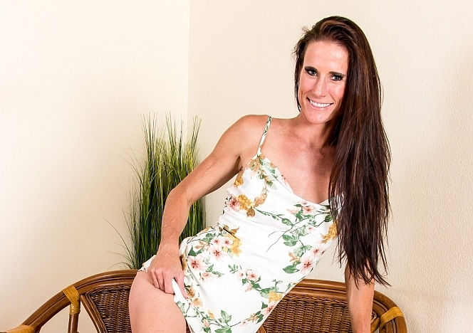 Yummygirlz/Sofie19 Flower Dress